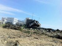 向陽高校脇に流れ着いた小松さんの家 1.jpg